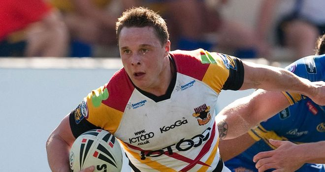 James Donaldson: Forward signs new contract with Bradford Bulls