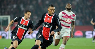 Guillaume Hoarau: Set to return to European football with Bordeaux