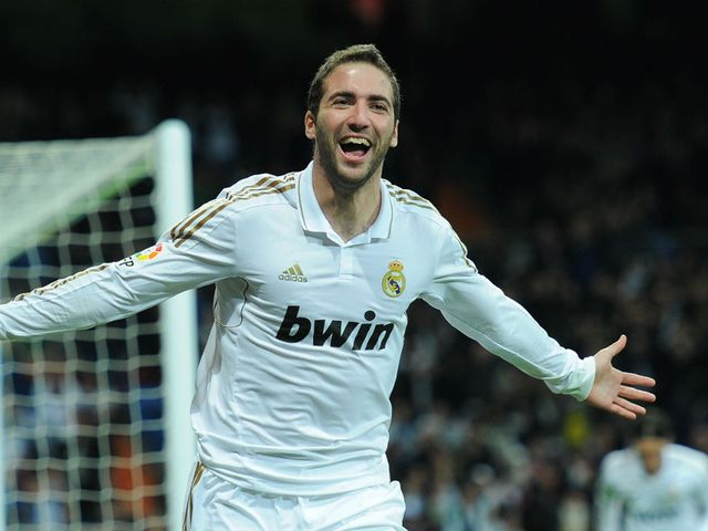 Higuain: Linked with Chelsea switch