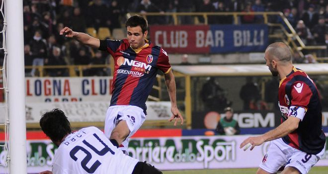 Robert Acquafresca: Has joined Levante on loan.