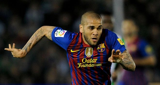 Dani Alves: Admits there were summer talks over possible PSG switch
