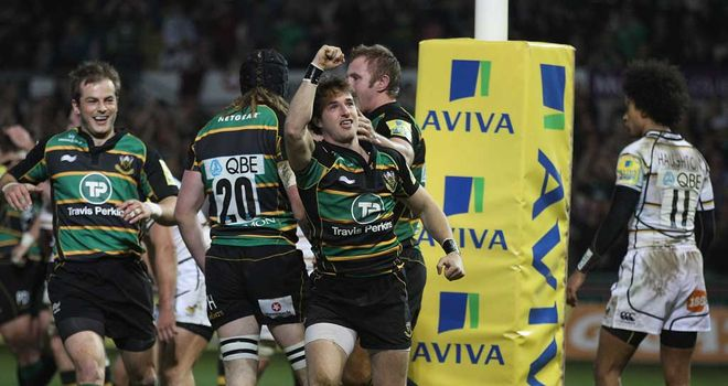 Fourth try for Saints: Martin Roberts