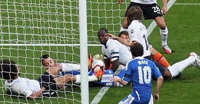 Petr Cech: Admits goal shouldn't have stood