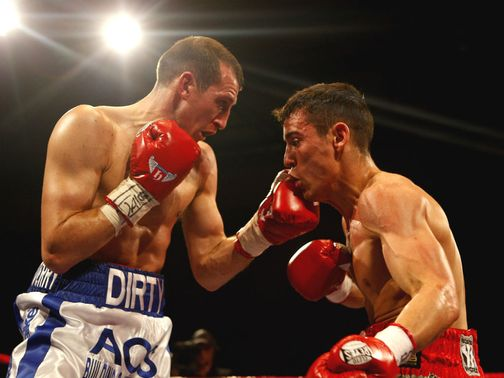 Anthony Crolla (r): Was beaten by Mathews (l) last year