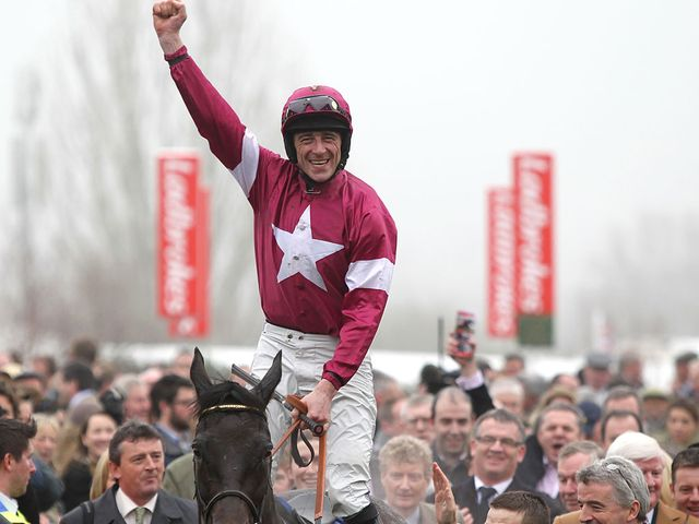 Davy Russell: Made it four in a row with an easy victory aboard Un Atout