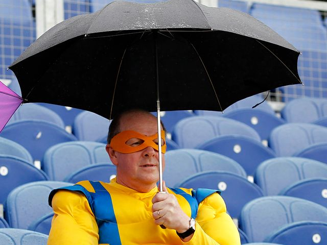 Rain has hit tonight's Twenty20 action.