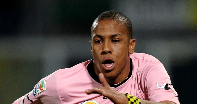 Abel Hernandez: Has extended his stay in Sicily