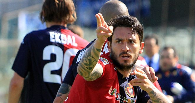 Mauricio Pinilla: Has been linked with big move