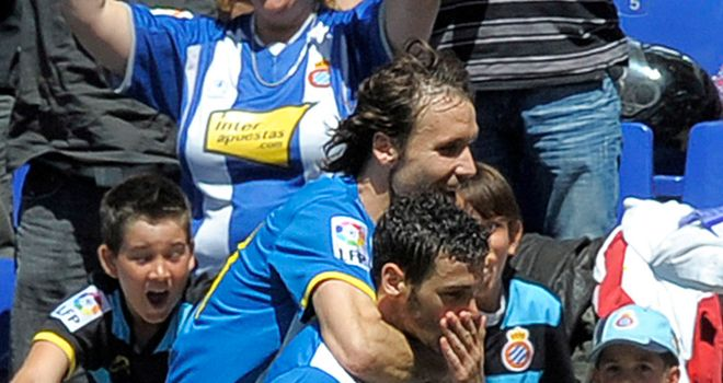 Goal joy: Joan Verdu (top) and Alvaro Vazquez were both on target in Espanyol's win over Valencia