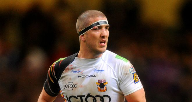Matt Diskin: Has dislocated a shoulder