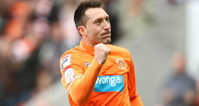 Stephen Dobbie: Swansea striker remembered fondly at Blackpool after loan spell