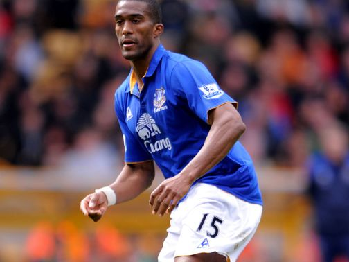 Sylvain Distin: Extends his stay at Everton until 2014