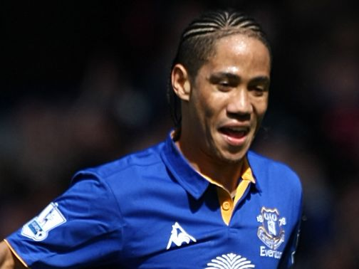 Steven Pienaar: Wanted back at Everton by Moyes