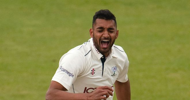Ajmal Shahzad: Yorkshire chairman Colin Graves slams seamer's team ethic
