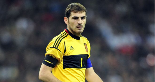 Iker Casillas: Mingled with Barcelona players following El Clasico stalemate