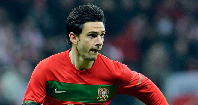 Helder Postiga: Joins Valencia from Real Zaragoza