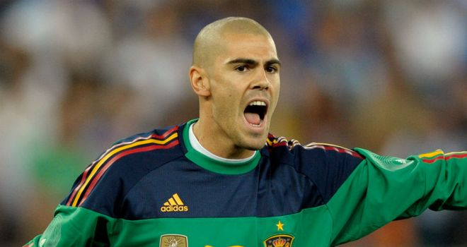 Victor Valdes: Barcelona goalkeeper will not sign a new contract