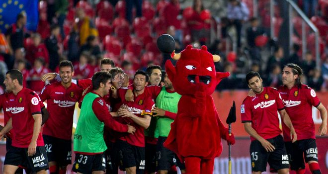 Real Mallorca move to the top of La Liga with win over Real Sociedad