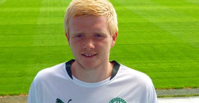 Scott Smith: Hibernian defender has signed a new one-year deal and hopes to make an impact
