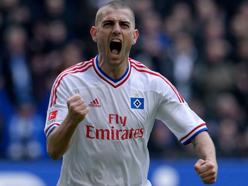 Mladen Petric: Joins Fulham on a free transfer