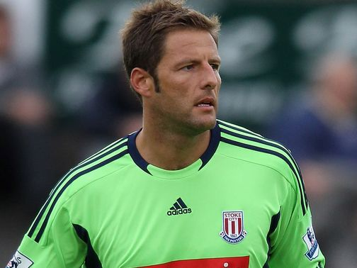 Carlo Nash: Stoke veteran offred new contract