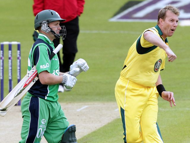 Brett Lee took two wickets before the rain hit.