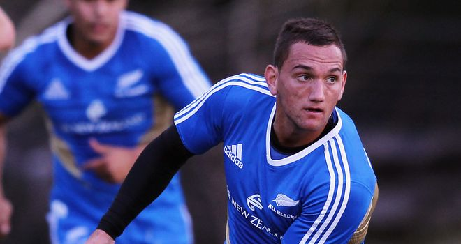 Aaron Cruden: Comes in to replace injured Dan Carter