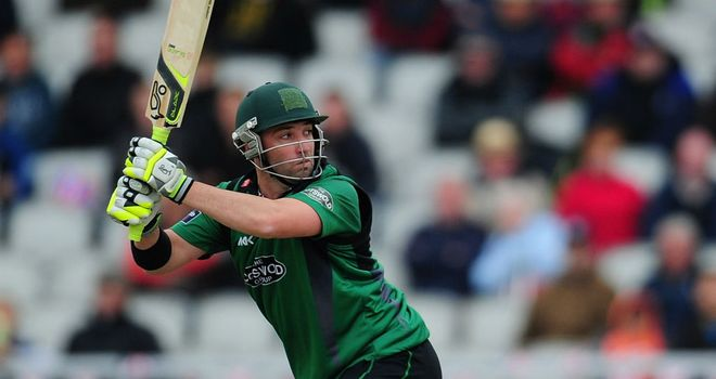 Phil Hughes: Australian batsman in Worcestershire talks