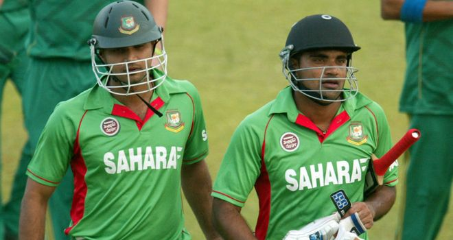 Ziaur Rahman (right): hit the winning runs for Bangladesh in the final over of the contest