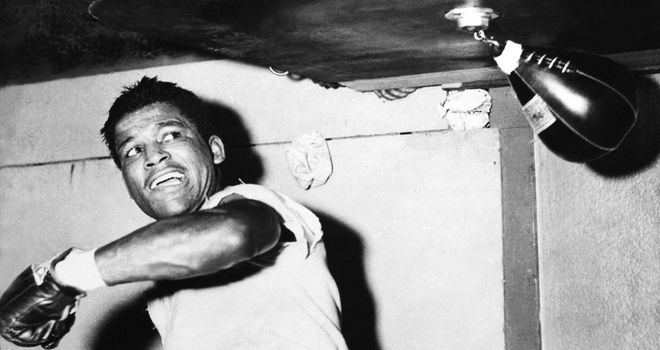 Robinson: Sugar Ray's speed and artistry make him the best boxer ever, says Glenn