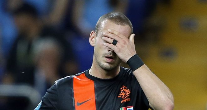 Wesley Sneijder: Holland playmaker set to miss Romania qualifier