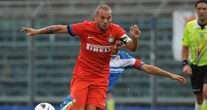 Wesley Sneijder: In a contract dispute with Inter Milan