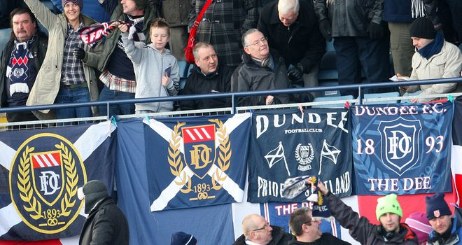 Dundee will play in the SPL this season following a meeting of top-flight clubs