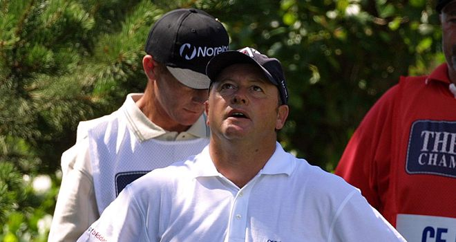 2001: Woosnam reacts to the news that he has 15 clubs in his bag