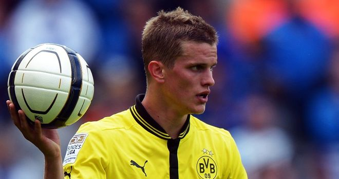 Lars Bender: The midfielder hs signed a new 5-year deal to remain at Bayer Leverkusen