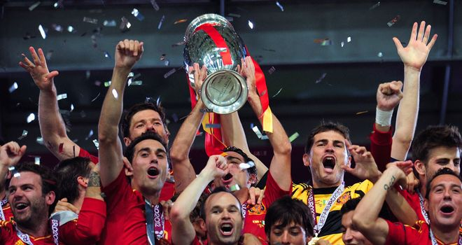 Spain Italy Trophy Celebrations Euro 2012 Fin 2788612 - 2012 in Football