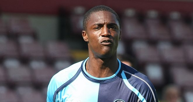 Anthony Stewart: Last-gasp header for Wycombe