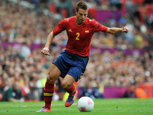 Cesar Azpilicueta: Wanted by Chelsea