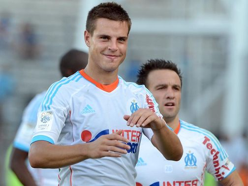 Cesar Azpilicueta: Marseille full-back is wanted by Chelsea