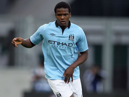 Dedryck Boyata: Belgian defender joins Steve McClaren&#39;s side