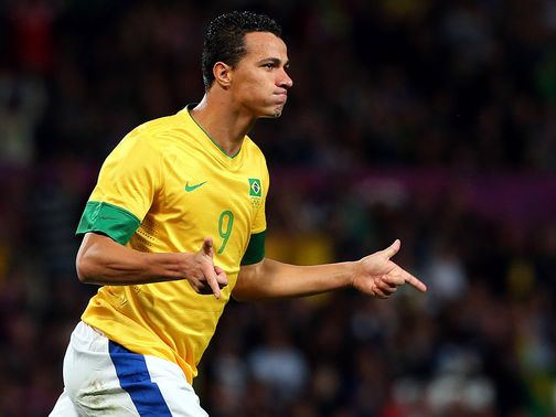 Leandro Damiao: Was linked with Tottenham