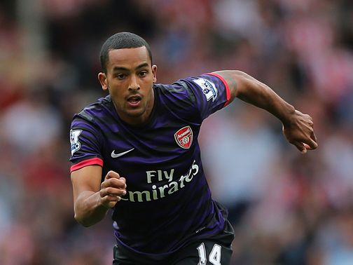 Theo Walcott: Contract could have impact on role in the side