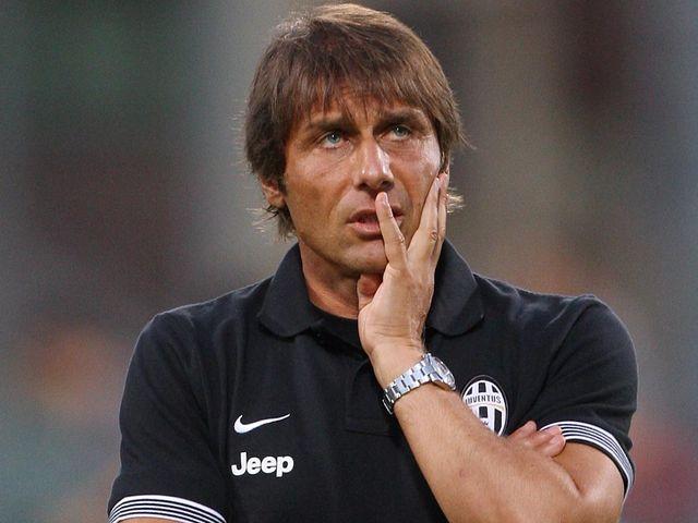 Antonio Conte: Returns to the touchline against Palermo