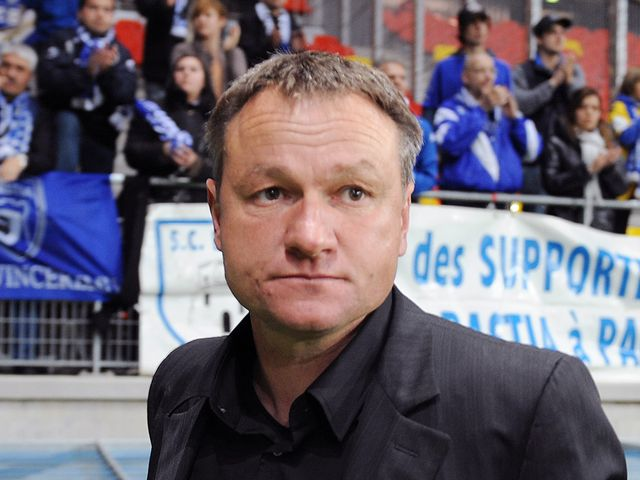 Hantz will hop to guide his side to victory against Troyes