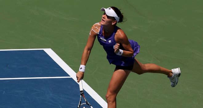 Agnieszka Radwanska moved into third round with a straight sets victory
