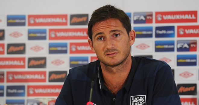 Frank Lampard: Recognises the importance of footballers keeping their emotions in check