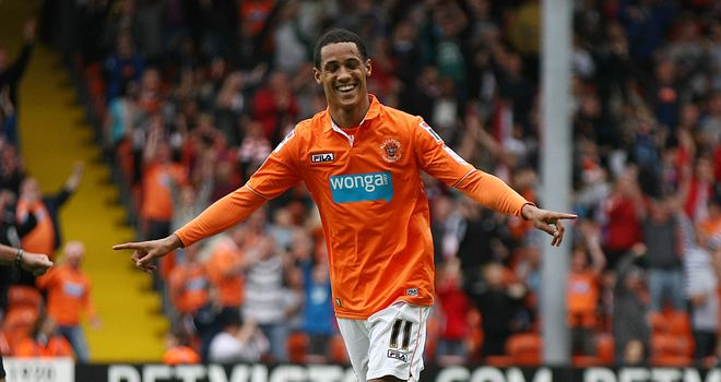Thomas Ince: Continues to be linked with a move to the Premier League