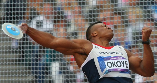 Lawrence Okoye: Through to the discus final