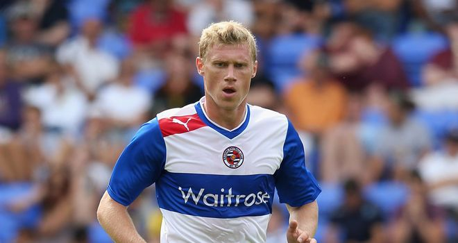 Pavel Pogrebnyak: Says Reading must perform both at home and away