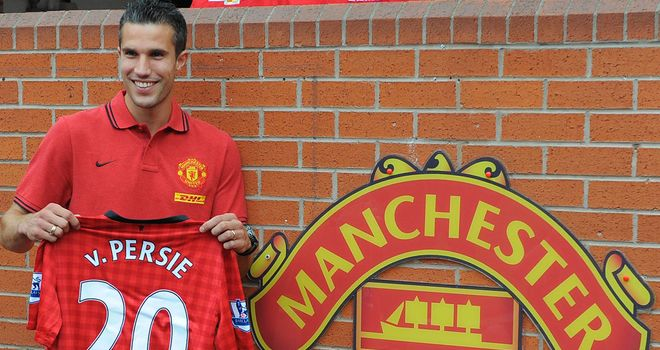 Robin van Persie: Hoping to challenge for top honours at Old Trafford